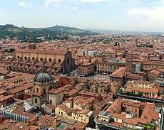 Bologna panorama - Un Week end a Bologna, la città dei portici