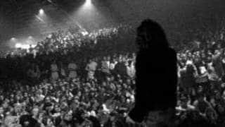 jim morrison live - Jim Morrison: le provocazioni, gli arresti e la grazia postuma