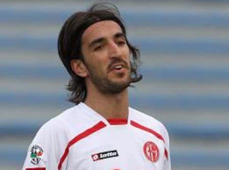Morosini1 - Pescara - Livorno: morto per arresto cardiaco il centrocampista Morosini