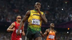 bolt vince i 200m - Olimpiadi 2012: Bolt trionfa anche nei 200 m e diventa leggenda