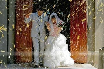 1.lancio riso matrimonio - Il lancio del riso agli sposi, tra innovazione e tradizione