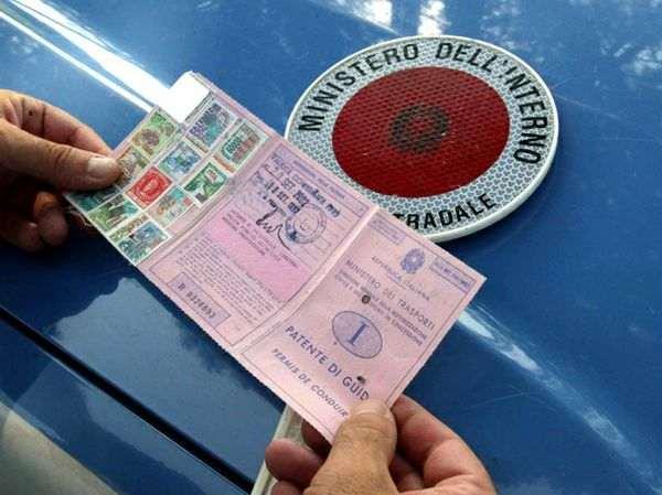 rilascio patente guida - Esami patente: nuovi quiz dall' 1 ottobre 2013