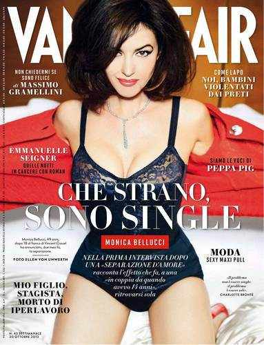 monica bellucci in lingerie su vanity fair ottobre 2013 fv 01 - Monica Bellucci single e felice su Vanity Fair