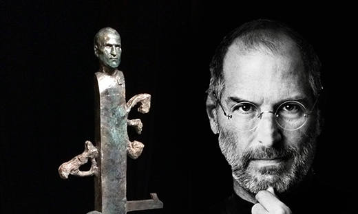 statua jobs - Apple dedica a Steve Jobs una statua