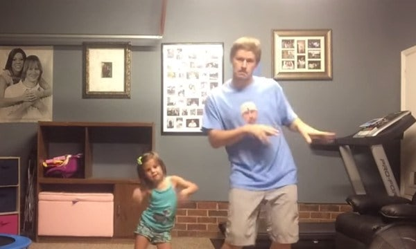 dad daughter shake it off - Daddy/Daughter Dance to Shake It Off: il video tormentone di Youtube