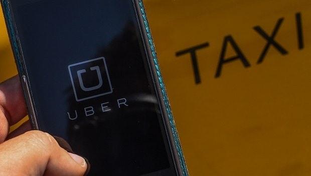Uber taxi - Come ottenere una licenza da autista Uber e quanto si guadagna