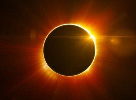 eclissi di sole 2015 - Domani l'eclissi solare segnerà l'equinozio di primavera
