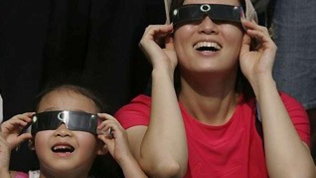 eclissi solare ironia - L'eclissi solare e l'ironia del Web