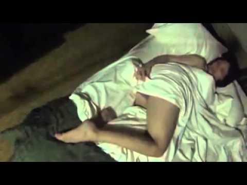 ragazza mentre dorme - Incredibile lo scherzo di questo ragazzo alla propria fidanzata