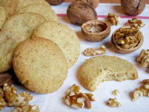 biscotti alle noci - Biscotti brutti ma buoni alle noci