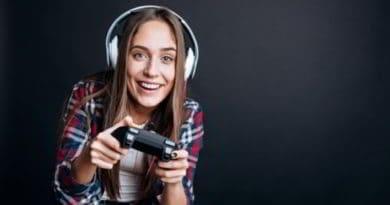 come guadagnare con i videogiochi 390x205 1 - Come guadagnare con i videogiochi
