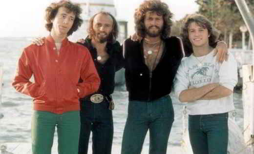 I fratelli Bee Gees con Andy Gibb