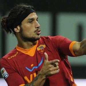"""med 20111119 osvaldo roma - Il commento della 12° giornata - La Juve si riprende la testa della classifica - Il sabato degli """"orrori"""" arbitrali"""