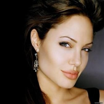 Angelina Jolie - La classifica di People: le donne più belle del mondo nel 2011