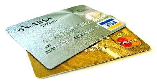 carte di credito e di debito con chip NFC