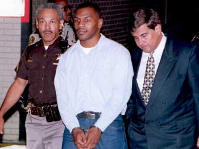 Mike Tyson arrestato per stupro su Desiree Washington
