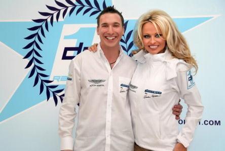 Nascar Formula 1 Pamela Anderson