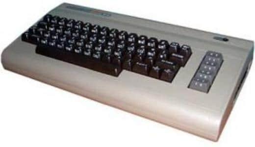 17897457 tramiel le 30 candeline del personal pi venduto di sempre dal pet all atari 2.png - E' morto il papà del Commodore 64