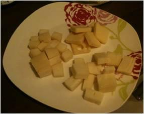formaggio a cubetti
