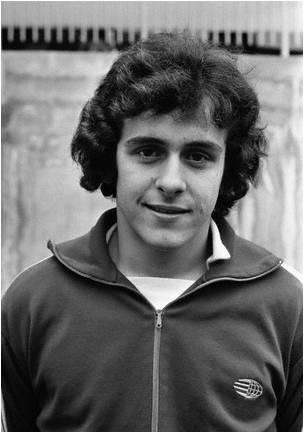 Un giovane Michel Platini