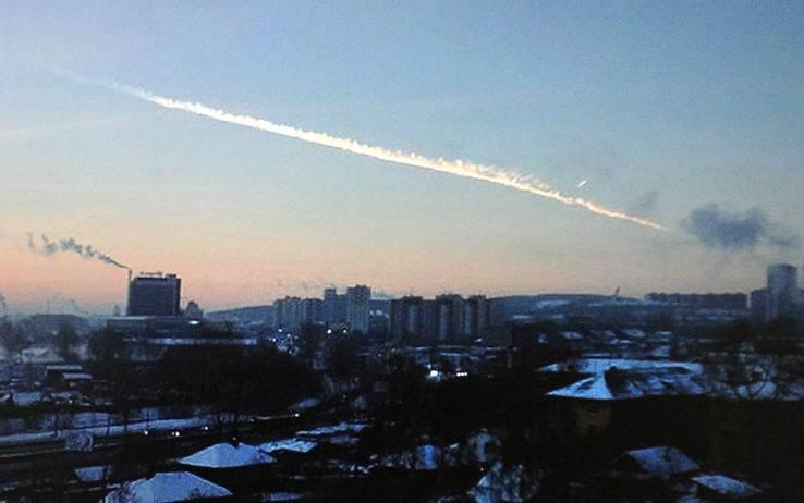 frammenti di meteorite colpiscono gli URALI