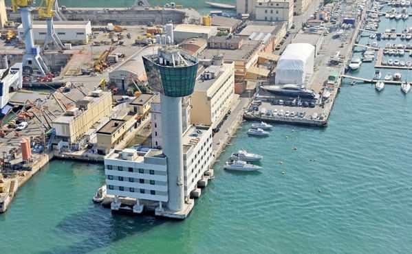 Porto di Genova prima dell'incidente