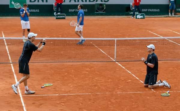 i fratelli Bryan al secondo centro al Roland Garros