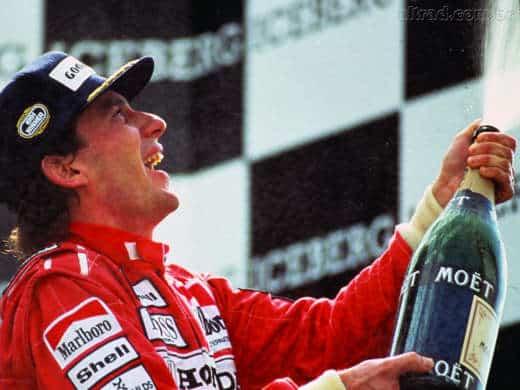 Senna vince il Terzo Mondiale