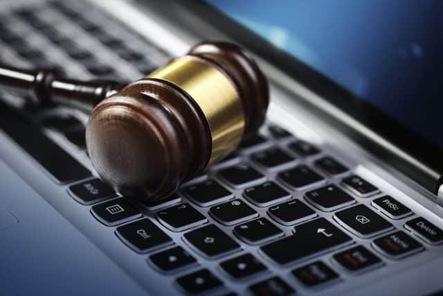 Obblighi fiscali per aprire negozio online