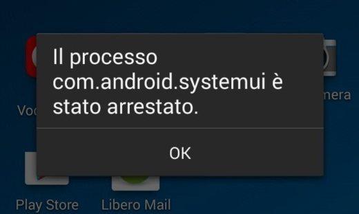 Il processo com.android.systemui è stato arrestato
