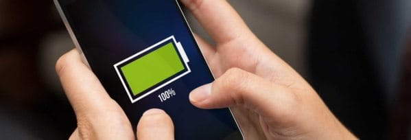 Come risparmiare batteria Android, iPhone e Windows Phone