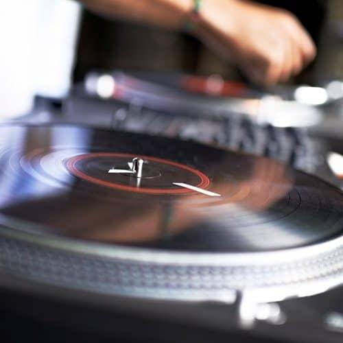 Professioni answer: DJ