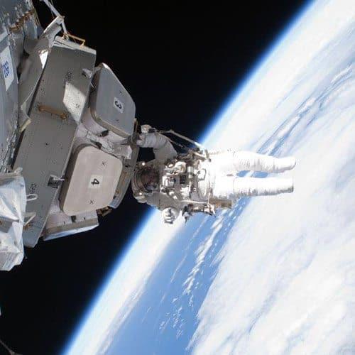 Spazio answer: SPACEWALK