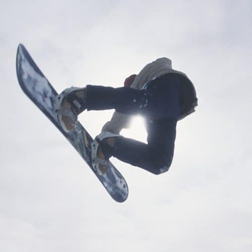 Sport answer: SNOWBOARD