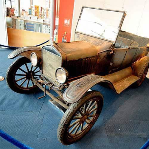 Storia answer: FORD T