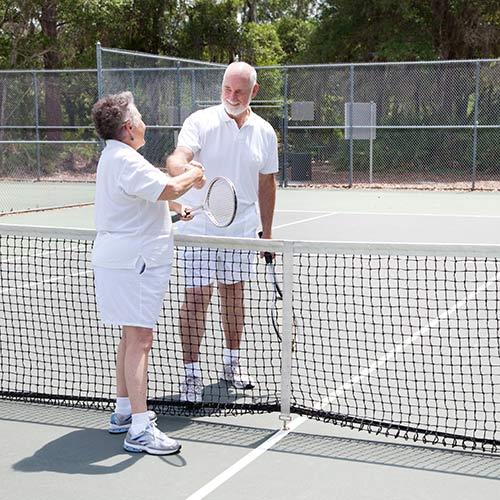 Tennis answer: STRETTA DI MANO