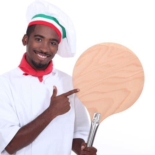 Utensili da cucina answer: PALA DA PIZZA