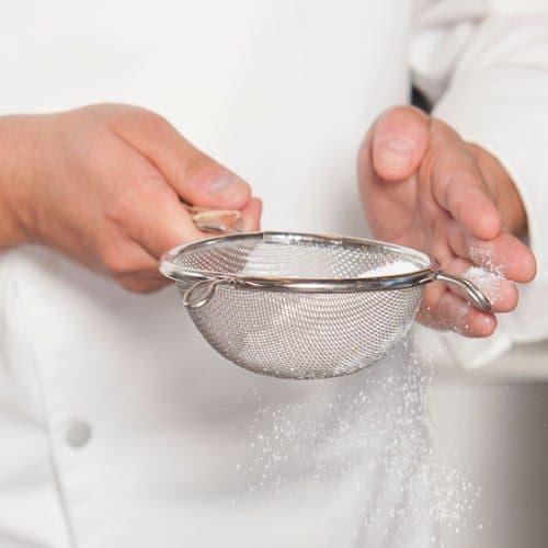 Utensili da cucina answer: COLINO