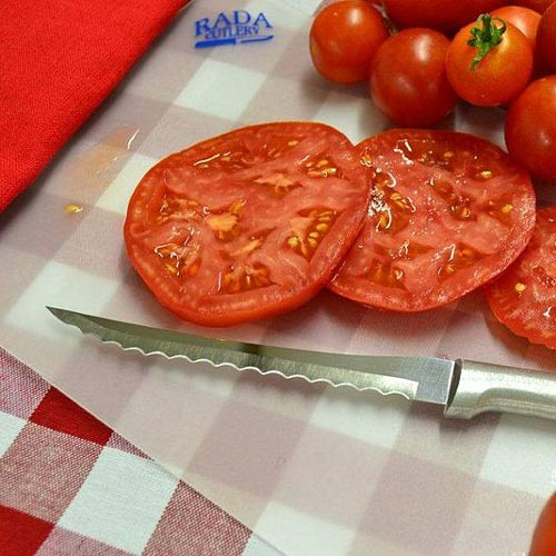 Utensili da cucina answer: TOMATO SLICER