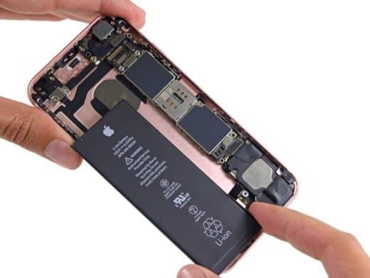 Come sostituire la batteria di un iPhone